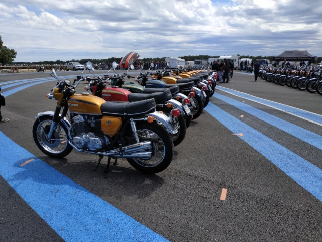 Motopiste.net au Sunday Ride Classic 2019 : Samedi en direct du Circuit PAUL RICARD Img_2331