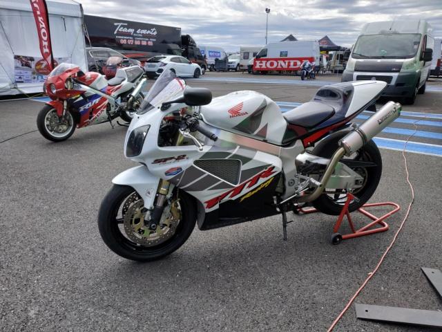 Motopiste.net au Sunday Ride Classic 2019 : Samedi en direct du Circuit PAUL RICARD Img_2338