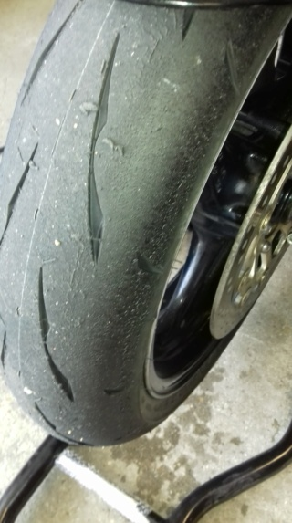 Essai Bridgestone BATTLAX RACING R11 Receiv33