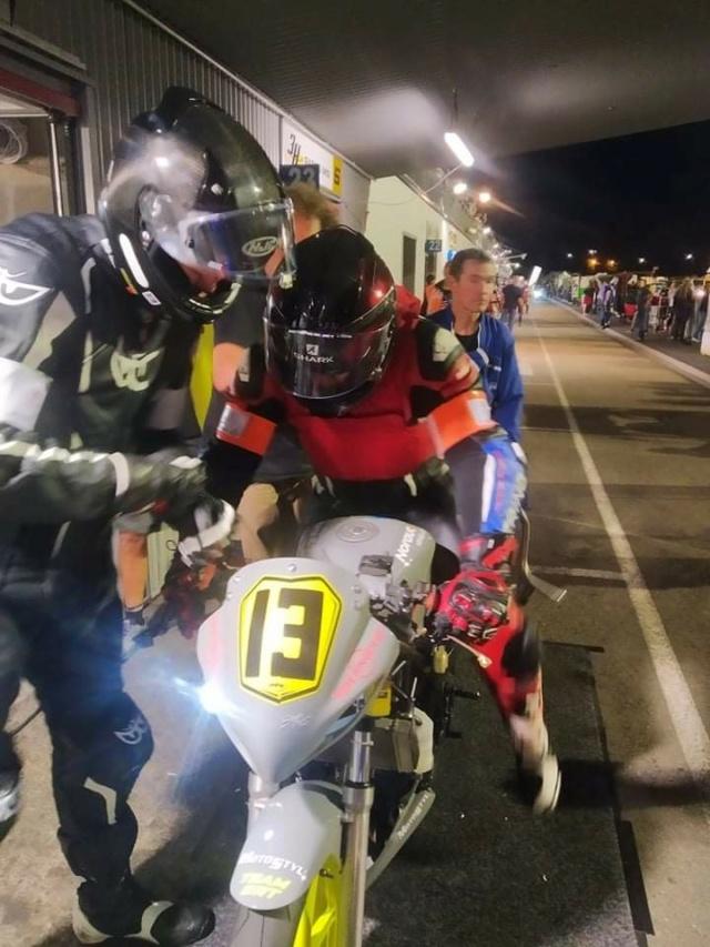 [Je teste pour vous !] FINIR une Endurance de 24H sur CBR250 au Mans !!! Comme si vous y étiez ! Receiv95
