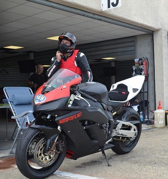 Essai Bridgestone BATTLAX RACING R11 Redman10