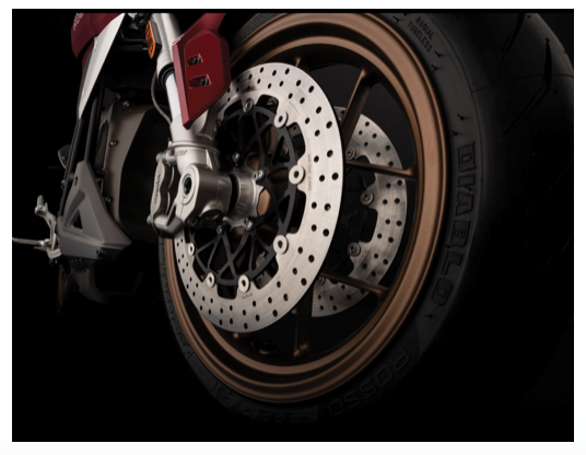 ZERO MOTORCYCLES LANCE LA TOUTE NOUVELLE SR/F : Moto électrique inside ! Zero210