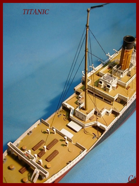 Titanic 1/400 Revell - Page 2 00515
