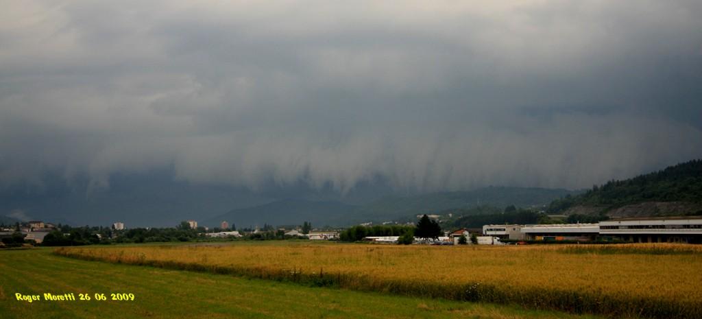 les orages de 2009 Arcus11