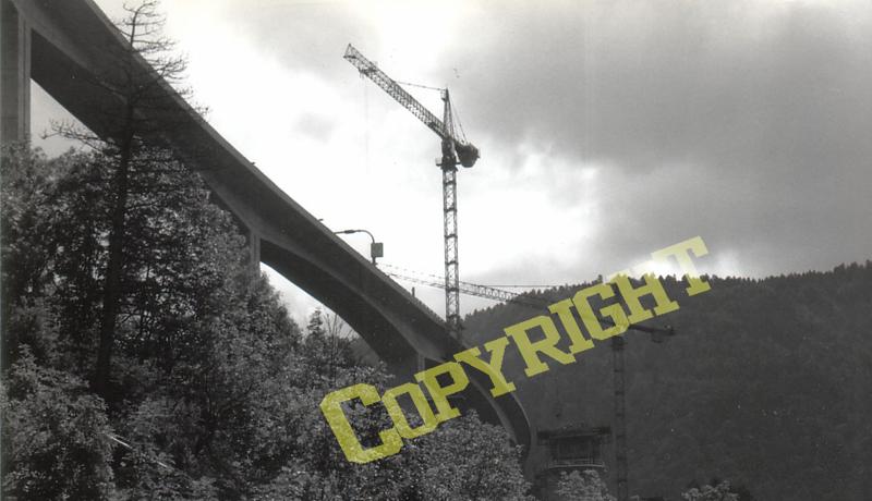 images d'archives , construction du viaduc n°2 de nantua Constr10