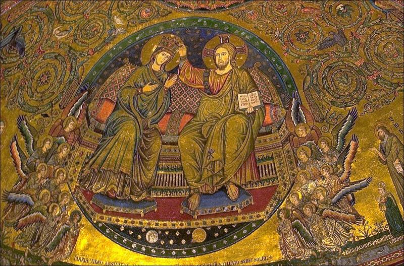 Fête du Couronnement de Marie* au Ciel! Couron10