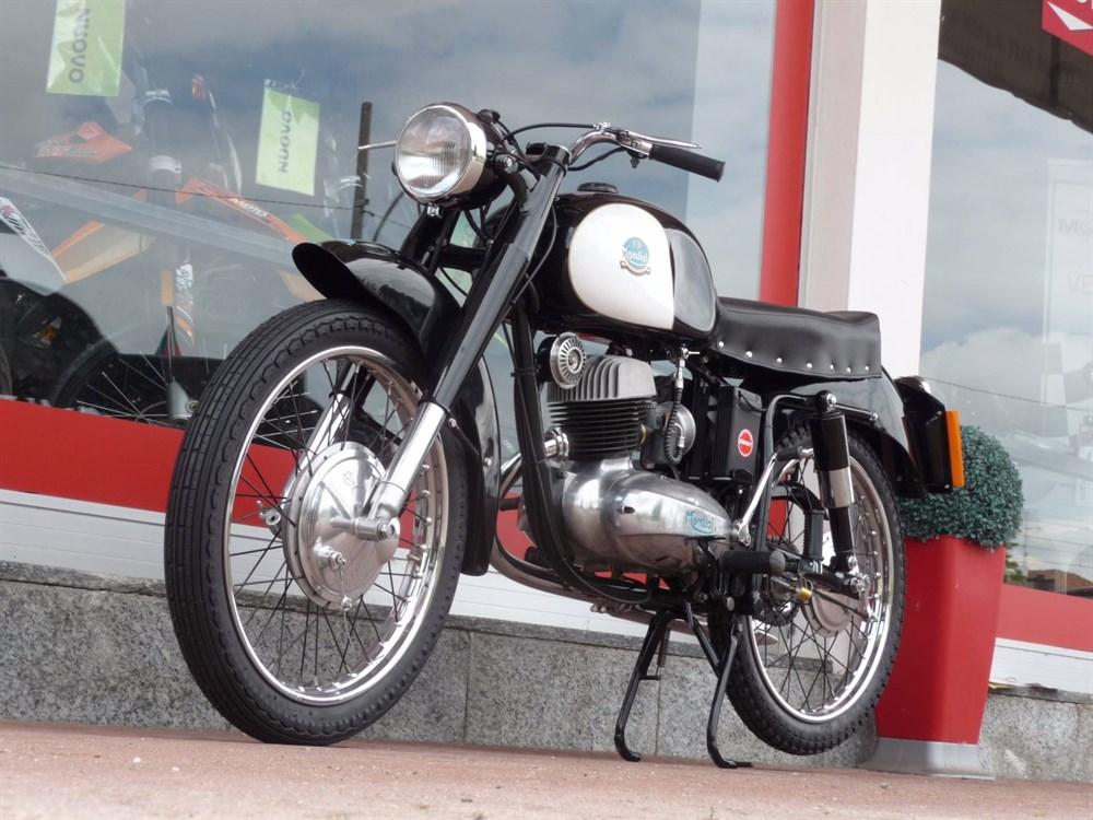 MONDIAL 160cc 1954. Annunc10