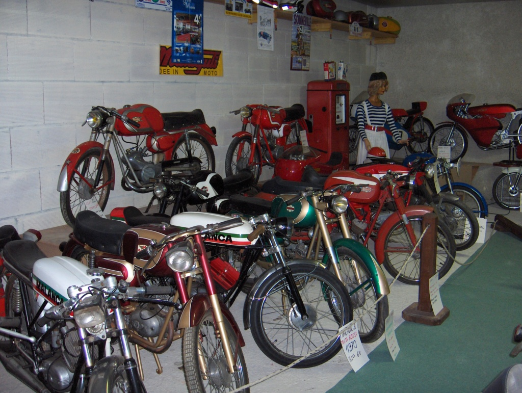 Musée de la moto et du cyclo-sport Hpim0211