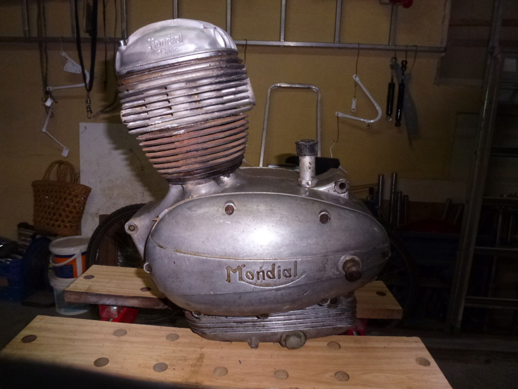 MONDIAL 125cc Spécial 1959. P1130514