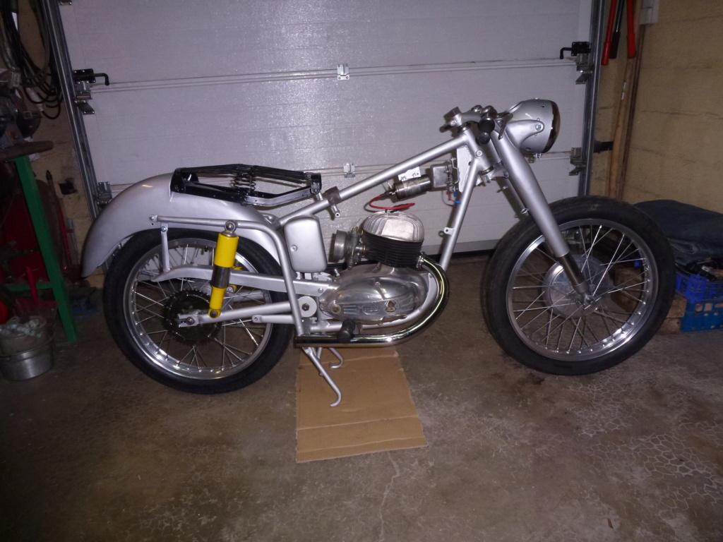 MONDIAL 160cc 1954. P1160748