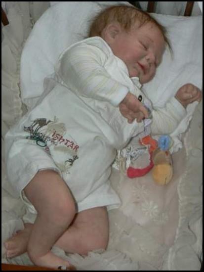 pouponnière des bébés cadum - Page 2 Noah10