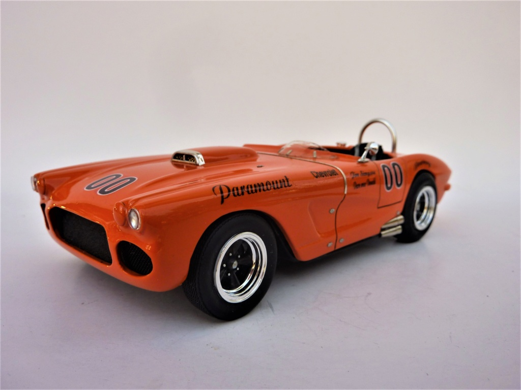 Corvette 62 scca Dave Mc Donald terminée - Page 4 Corvet14