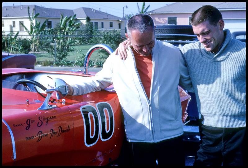 Corvette 62 scca Dave Mc Donald terminée - Page 2 Dave_m10