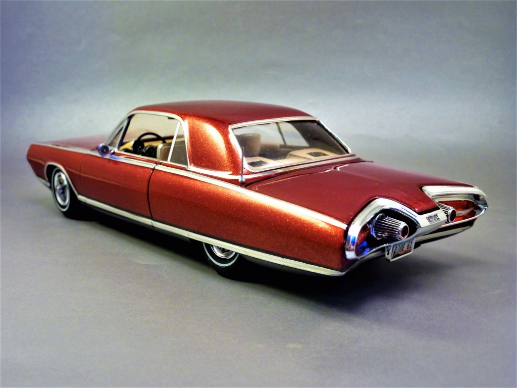 CHRYSLER TURBINE 1963 terminée  P1460719
