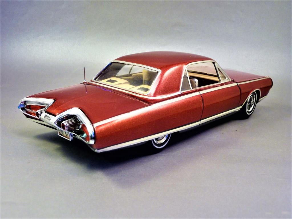CHRYSLER TURBINE 1963 terminée  P1460723