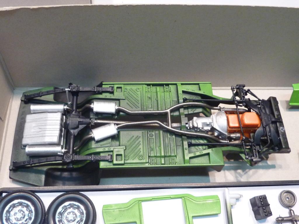 Plymouth Hemi Cuda 70 revell terminée P1470721