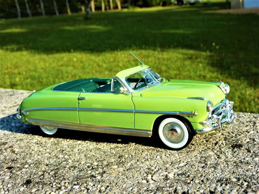 Hudson Hornet 1952 convertible terminée - Page 2 Photo471