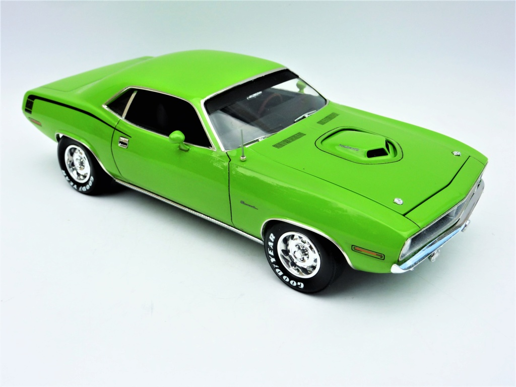 Plymouth Hemi Cuda 70 revell terminée - Page 2 Photo577