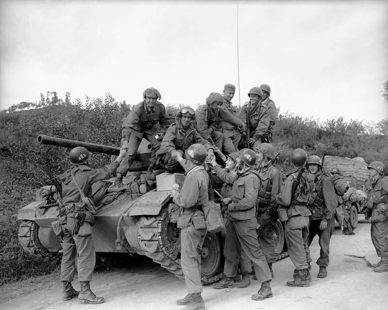 Les Images de la Guerre de Corée - Page 3 Post-311