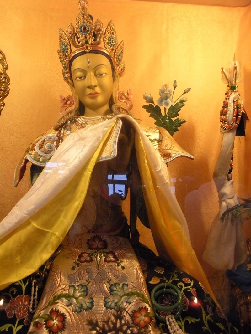 Le monastère Rabten Choeling, Suisse. 21610