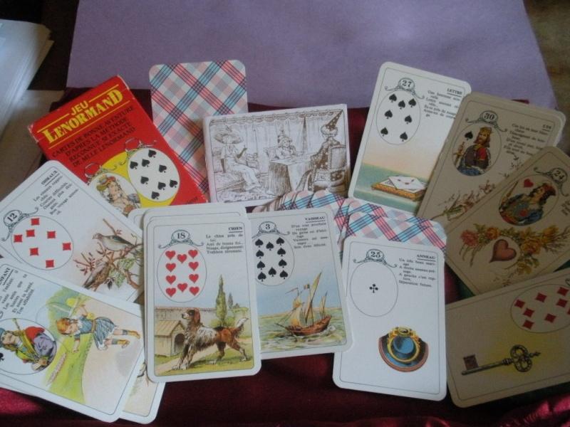 Différents PETIT Jeux de Melle LENORMAND Dscn3417