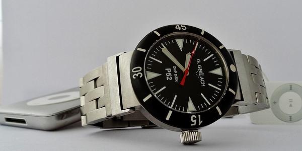 La montre non-russe du Vendredi - Page 10 Dsc03910
