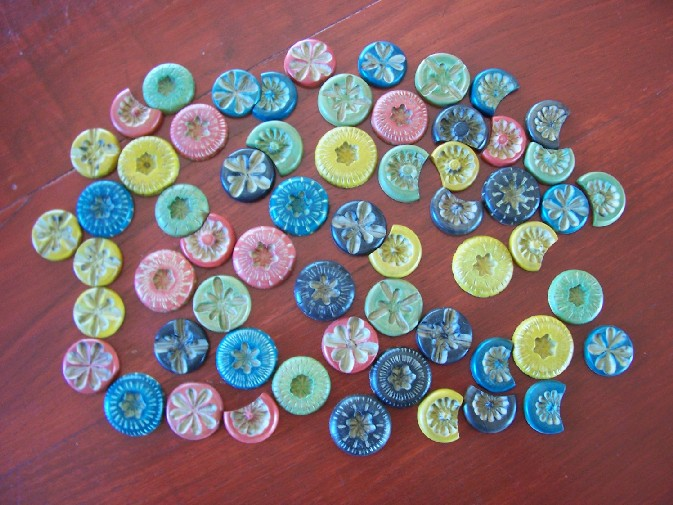 Buttons/Des boutons/Hoteldiener/Botöes/Bottóne Redmis21