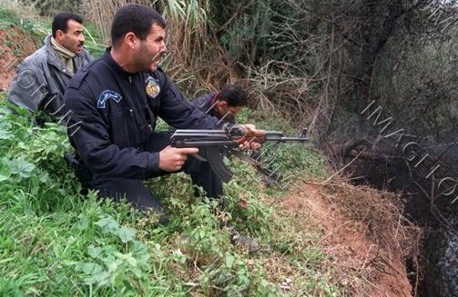 صور الشرطة الجزائرية............... Anti110