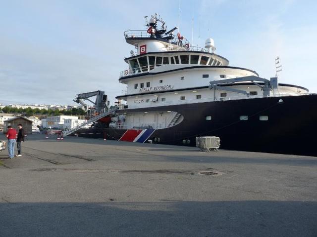 [Les ports militaires de métropole] Port de Brest - Page 3 510
