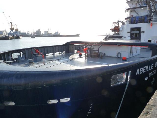 [Les ports militaires de métropole] Port de Brest - Page 3 710