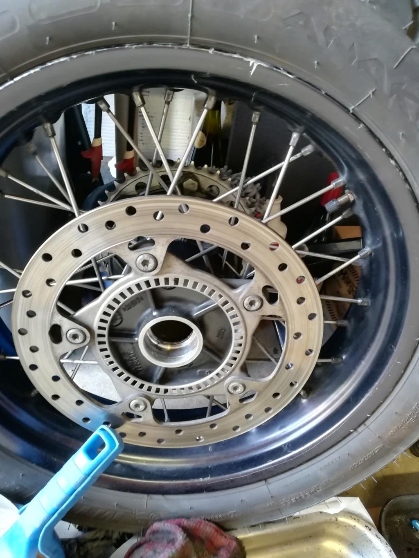 Remplacement des roulements de roue AR Img_2291