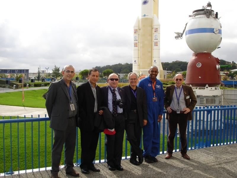 [STS-129] Atlantis : préparatifs (lancement le 16/11/2009) - Page 5 Dsc01010