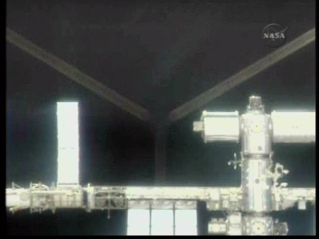 [STS-129] Atlantis : fil dédié au suivi de la mission. - Page 2 Vlcsna31