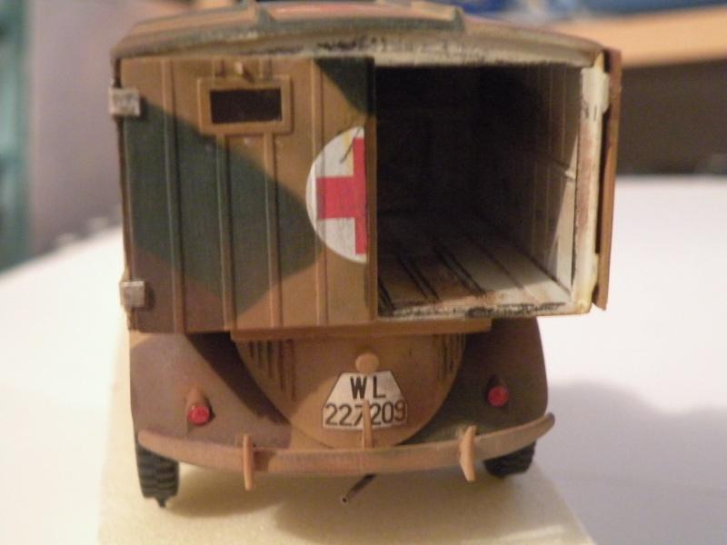 """GB"""" Les véhicules sanitaires"""" Dscn3215"""