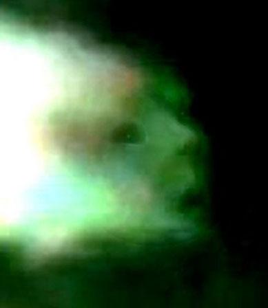 photo d'un orb trouvé sur un article! Captur10