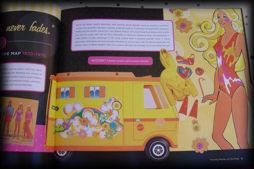 Livres sur Barbie 50° anniversaire Gedc0513