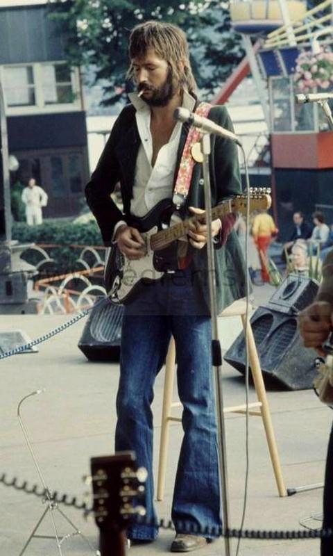 Les 1000 visages d'Eric Clapton - Page 6 40072810