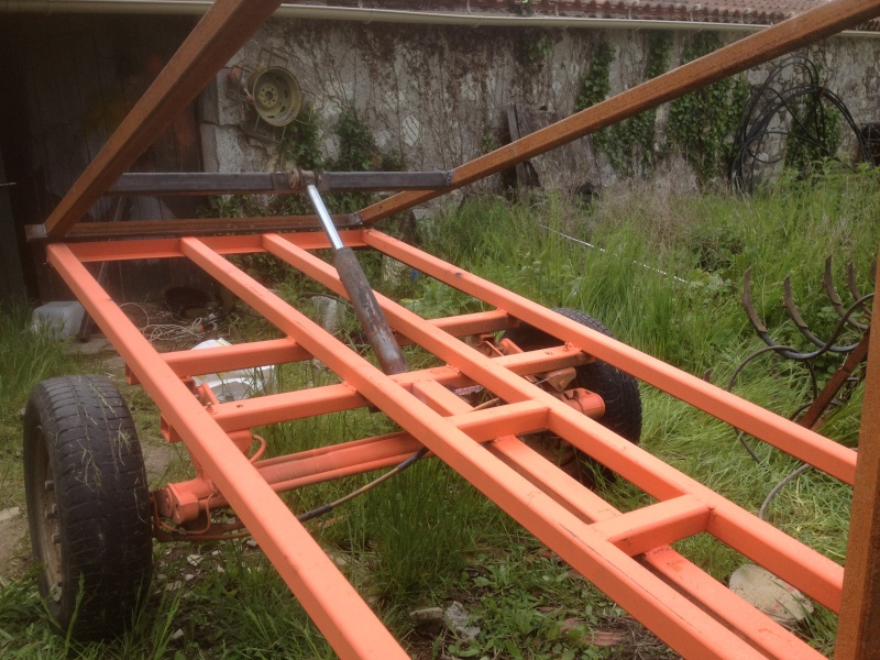 [REALISATION]Remorque à benne hydraulique Img_0310