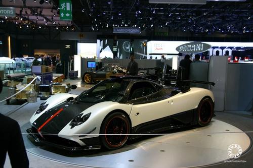 2009 - [Pagani] Zonda F Cinque (Coupé & Roadster) Pagani10