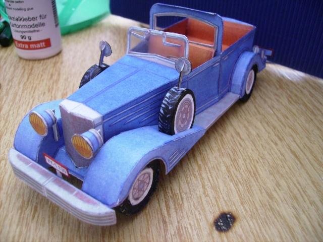 Cadillac 1933-1:32. Cad2810