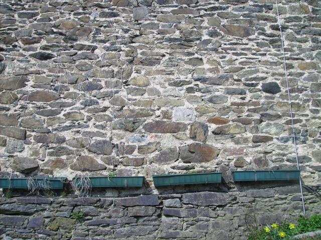 Fruehlingsspaziergang-Schloss Burg an der Wupper. Sb1010