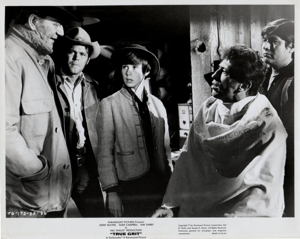 100 $ pour un shériff - True Grit-1969 - Page 2 Wayne154
