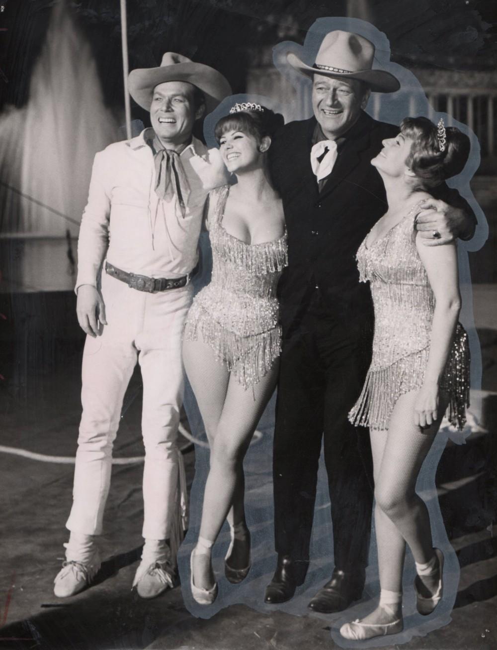 Le Plus Grand Cirque du Monde - Circus World - 1964  - Page 3 Wayne_56