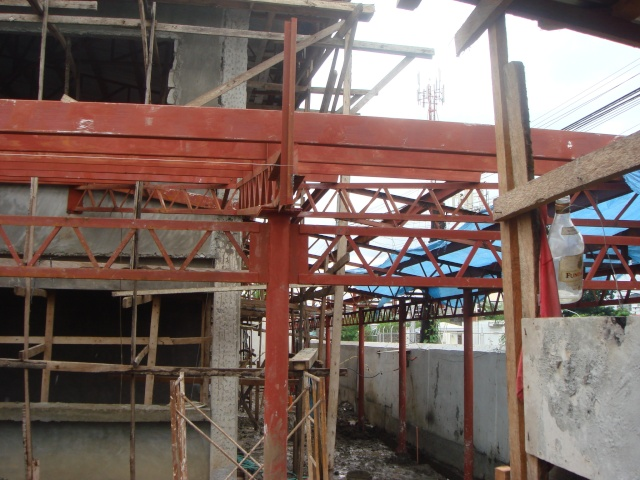 LTO Pasay New Building Roof Framing - Page 2 Dsc04319