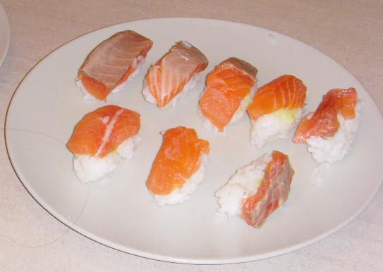 Montrez-nous... vos petits plats ! - Page 3 Sushi210