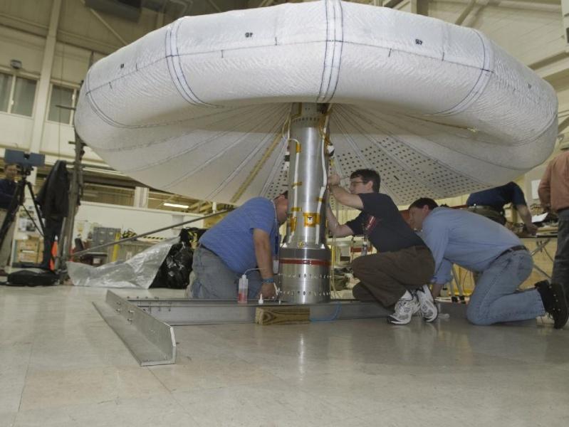 Vaisseau spatial gonflable / Lancement IRVE le 17 août 2009 Irve10