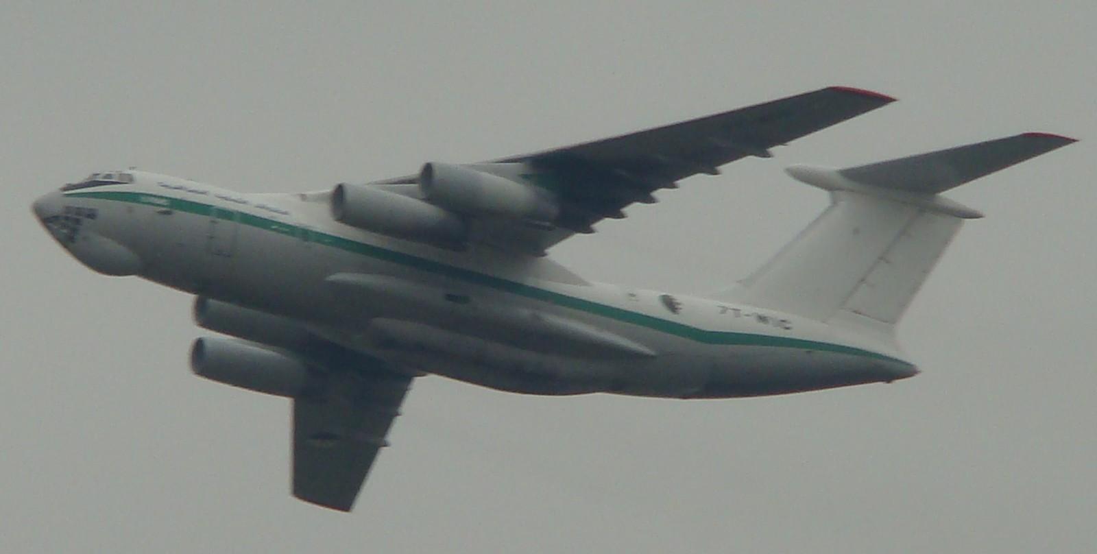 طائرة النقل والتزود بالوقود Il76/78 - صفحة 2 Dsc01512