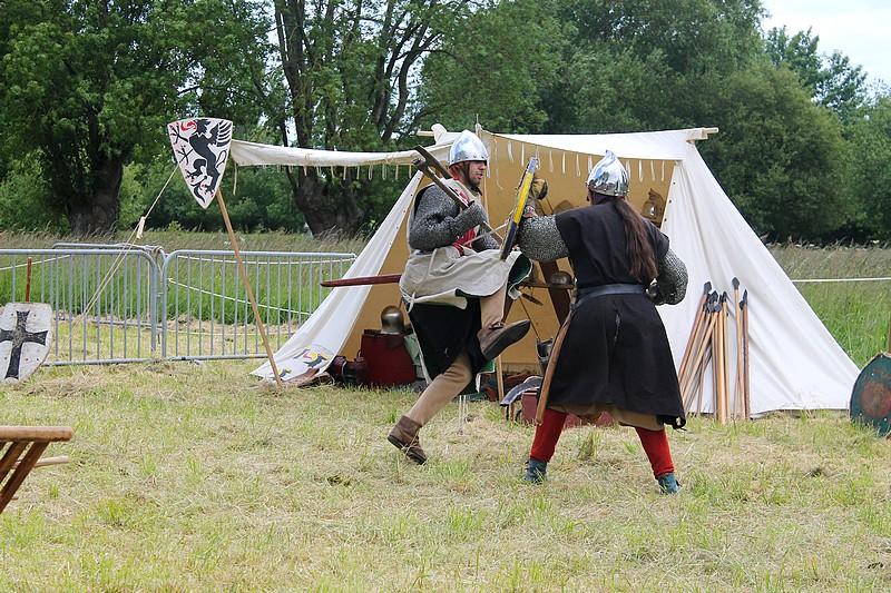 combat chevalier Img_3810