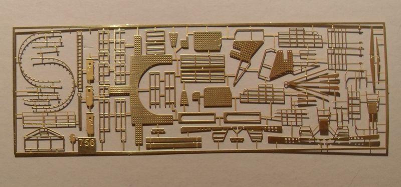 John`s Schlachtschiff Bismarck 1:200 von Amati - Seite 3 Gefech11