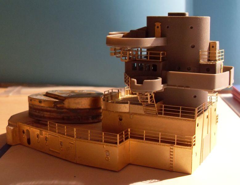 John`s Schlachtschiff Bismarck 1:200 von Amati - Seite 3 Gefech28